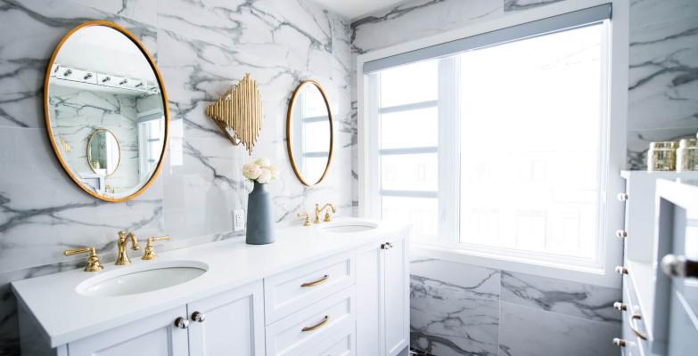 Badezimmer: Ort für blickdichte Rollos